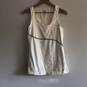 Oakley Workout Tank Built In Bra Size M